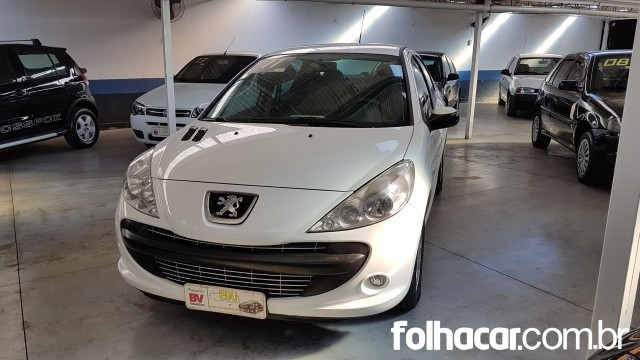 Peugeot 207 Sedan 207 Passion XR 1.4 8V (flex) - 10/11 - 23.500