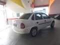 120_90_chevrolet-classic-corsa-sedan-life-1-0-flex-07-08-71-3