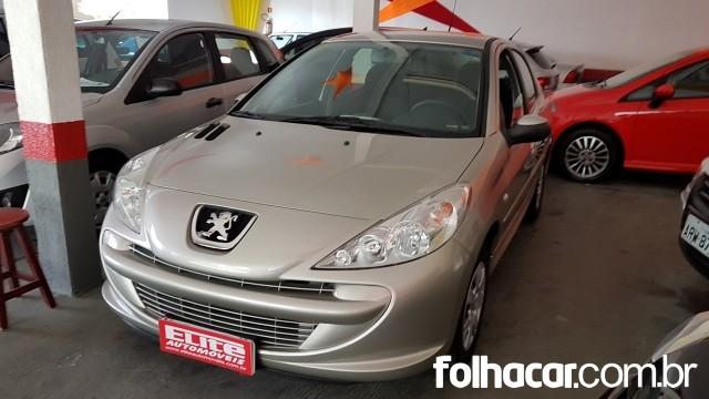 Peugeot 207 Sedan XR 1.4 8V (flex) - 11/12 - 23.500