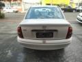 120_90_chevrolet-classic-corsa-sedan-life-1-6-04-04-2-1