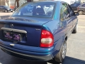 120_90_chevrolet-corsa-sedan-wind-1-0-mpfi-99-00-17-4