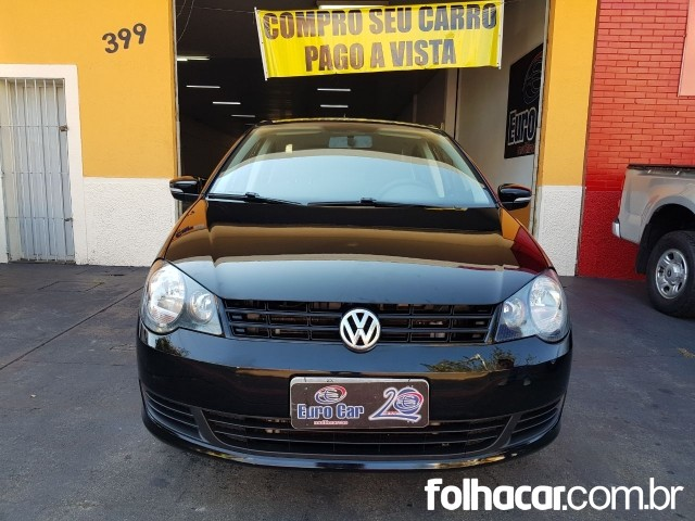 640_480_volkswagen-polo-sedan-1-6-8v-flex-14-14-8-7