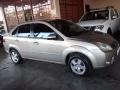 120_90_ford-fiesta-sedan-1-6-flex-08-09-17-13
