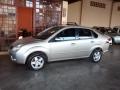 120_90_ford-fiesta-sedan-1-6-flex-08-09-17-8
