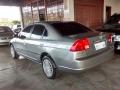 120_90_honda-civic-sedan-lx-1-7-16v-aut-01-02-13-2