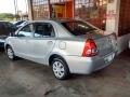120_90_toyota-etios-sedan-etios-xs-1-5-flex-13-13-41-3