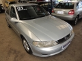 120_90_chevrolet-vectra-gl-2-2-00-01-3