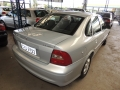 120_90_chevrolet-vectra-gl-2-2-00-01-4
