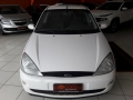 120_90_ford-focus-sedan-2-0-16v-02-02-8-9