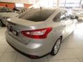 120_90_ford-focus-sedan-s-2-0-16v-powershift-aut-13-14-28-10