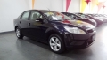 120_90_ford-focus-sedan-glx-2-0-16v-duratec-09-1-3