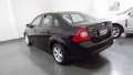 120_90_ford-focus-sedan-glx-2-0-16v-duratec-09-1-4