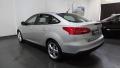 120_90_ford-focus-sedan-se-2-0-powershift-16-4