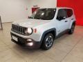 120_90_jeep-renegade-sport-1-8-flex-aut-15-16-38-1