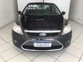 120_90_ford-focus-sedan-glx-2-0-16v-duratec-09-2-1