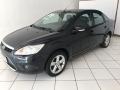 120_90_ford-focus-sedan-glx-2-0-16v-duratec-09-2-3