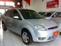 120_90_ford-fiesta-sedan-1-6-flex-06-07-45-1