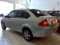 120_90_ford-fiesta-sedan-1-6-flex-06-07-45-4