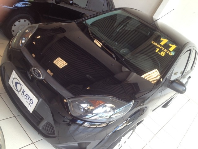 Ford Fiesta Hatch 1.6 (flex) - 10/11 - 26.800