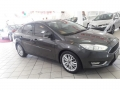 120_90_ford-focus-sedan-focus-fastback-se-2-0-powershift-17-18-1-1