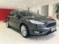 120_90_ford-focus-sedan-focus-fastback-se-2-0-powershift-17-18-2-2