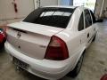 120_90_chevrolet-corsa-sedan-1-0-8v-04-04-66-4