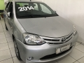 120_90_toyota-etios-sedan-xs-1-5-flex-14-14-6-1