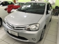 120_90_toyota-etios-sedan-xs-1-5-flex-14-14-6-12