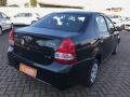 120_90_toyota-etios-sedan-xs-1-5-flex-aut-18-18-3-3