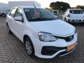 120_90_toyota-etios-sedan-xs-1-5-flex-aut-18-18-9-3