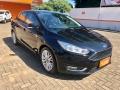 120_90_ford-focus-sedan-focus-fastback-se-2-0-powershift-17-18-2