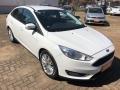 120_90_ford-focus-sedan-se-2-0-powershift-17-17-2