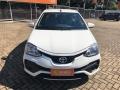 120_90_toyota-etios-sedan-xs-1-5-flex-aut-17-18-1