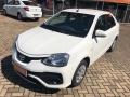 120_90_toyota-etios-sedan-xs-1-5-flex-aut-17-18-3