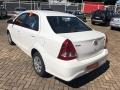120_90_toyota-etios-sedan-xs-1-5-flex-aut-17-18-4
