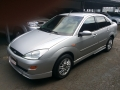 120_90_ford-focus-sedan-2-0-16v-02-02-6-2