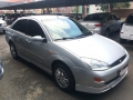 120_90_ford-focus-sedan-2-0-16v-02-02-6-3