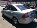 120_90_ford-focus-sedan-glx-2-0-16v-duratec-09-09-9-4