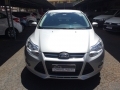 120_90_ford-focus-sedan-se-2-0-16v-powershift-aut-14-15-13-1