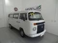 120_90_volkswagen-kombi-standard-1-4-flex-10-11-17-1