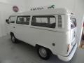 120_90_volkswagen-kombi-standard-1-4-flex-10-11-17-3