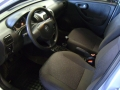 120_90_chevrolet-corsa-sedan-premium-1-4-flex-08-09-45-3