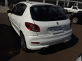 120_90_peugeot-207-hatch-xr-sport-1-4-8v-flex-12-13-15-2