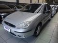 120_90_ford-focus-sedan-glx-2-0-16v-duratec-05-06-2