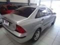 120_90_ford-focus-sedan-glx-2-0-16v-duratec-05-06-4