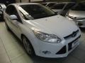 120_90_ford-focus-sedan-se-2-0-16v-powershift-aut-13-14-12-3