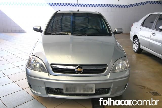 640_480_chevrolet-corsa-sedan-premium-1-4-flex-09-09-28-1