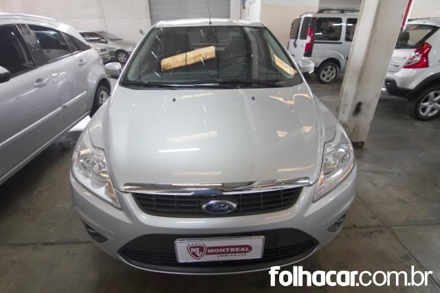 640_480_ford-focus-sedan-glx-2-0-16v-flex-aut-13-13-42-3