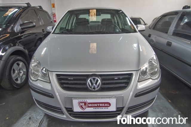 640_480_volkswagen-polo-sedan-1-6-8v-flex-07-08-104-1