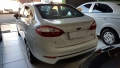 120_90_ford-fiesta-sedan-new-1-6-se-15-15-3-3